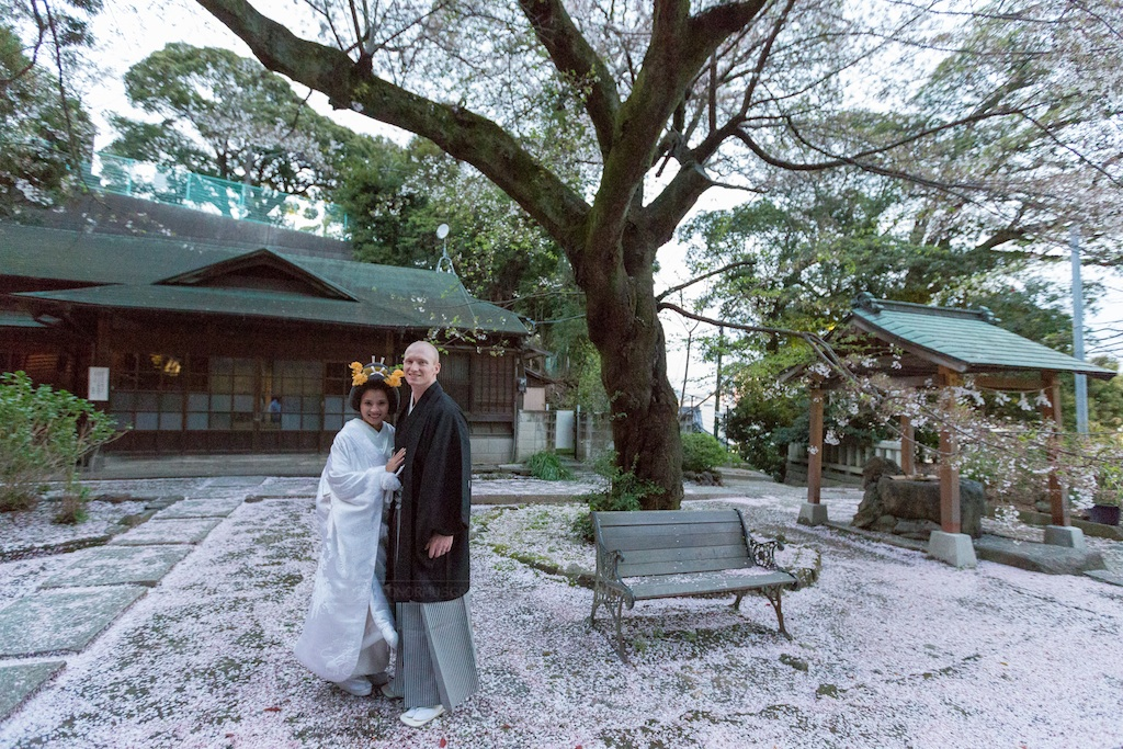 Traditional Japanese wedding at a Shinto shrine